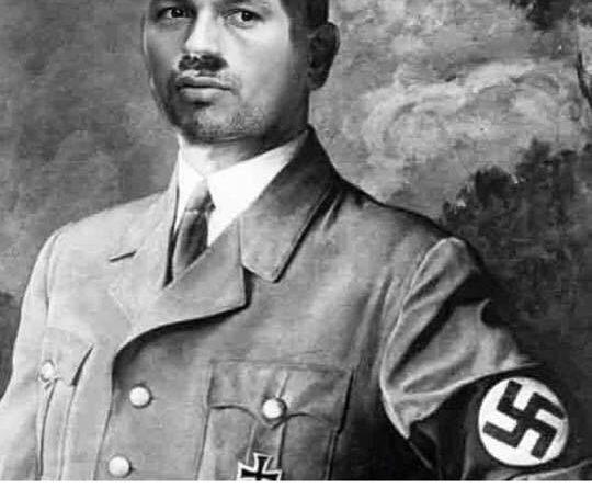 Despre penelistul de tip nou. Sau dorința de a fi Führer!